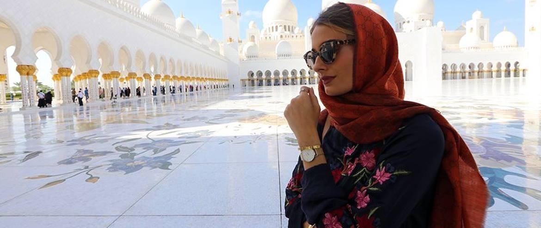 Isabella Rakoni Vas Vodi U Dubai I Abu Dhabi Fashion Hr Style Community