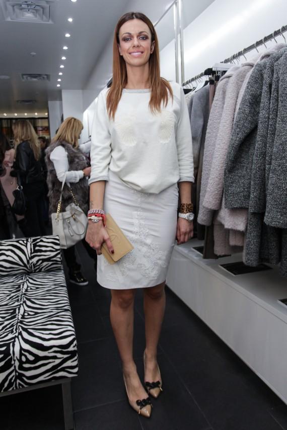 Aleksandra Doj Inovi Kombinira High Street I High End Komade Fashion Hr Style Community