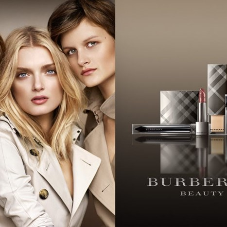 Kampanja: Burberry Beauty 2010