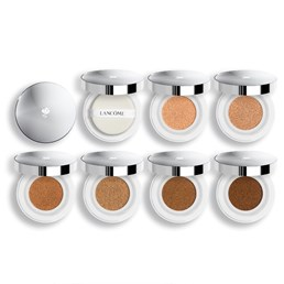 Lancôme Miracle Cushion Fluid Foundation in a Compact, 300 kn