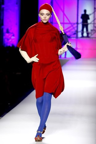 PARIS FASHION WEEK: JEAN PAUL GAULTIER FALL 2010.