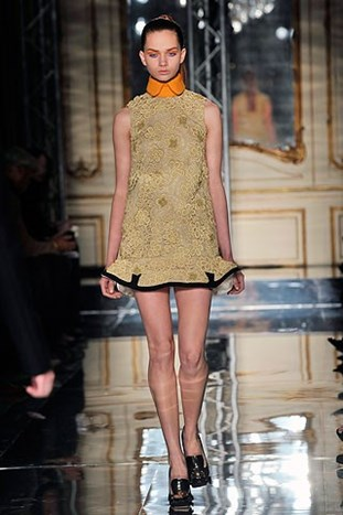 PARIS FASHION WEEK: MIU MIU FALL 2010.