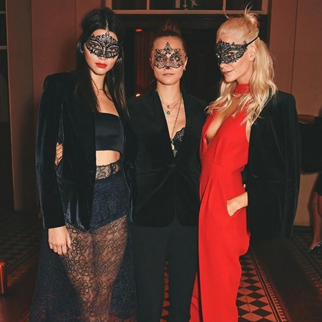 Seksi party outfiti: Cara, Kendall i Poppy