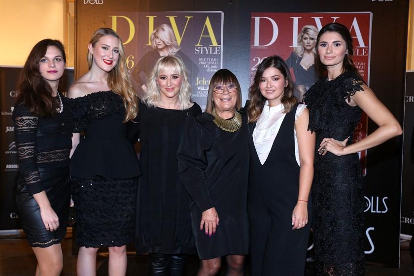 Diva Style Dolls Jedinstvena Modna Izlo Ba Fashion Hr Style Community